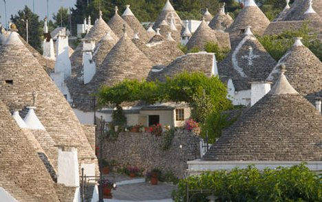 pouilles-Puglia Pop-up Village