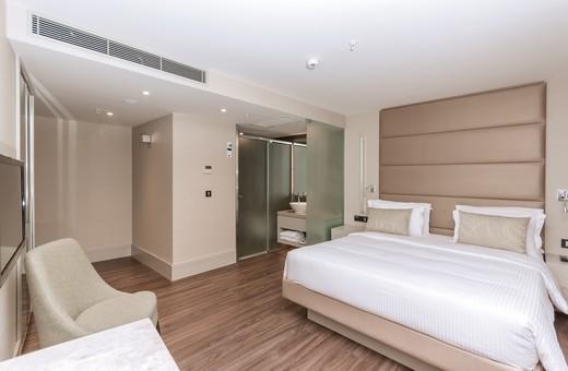 AC Istanbul Macka guestroom