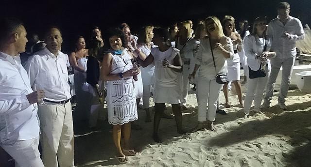Cap sur sun 2014-sun resorts-soiree blanche