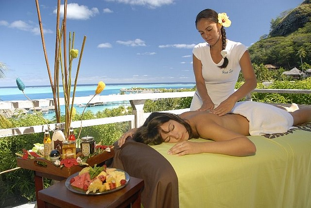 Hilton-Bora-Bora-Nui-Resort-Spa