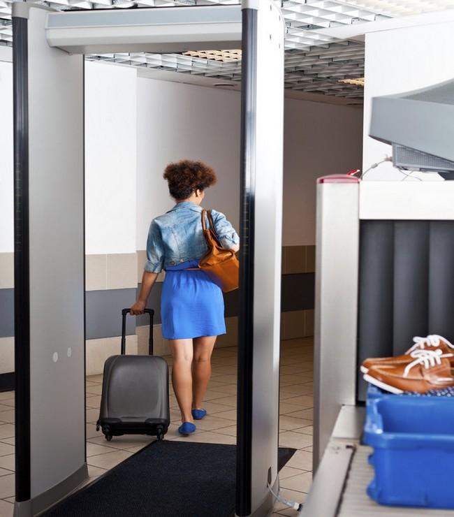 tourcom-securite aerienne-portique aeroport-richard vainopoulos-
