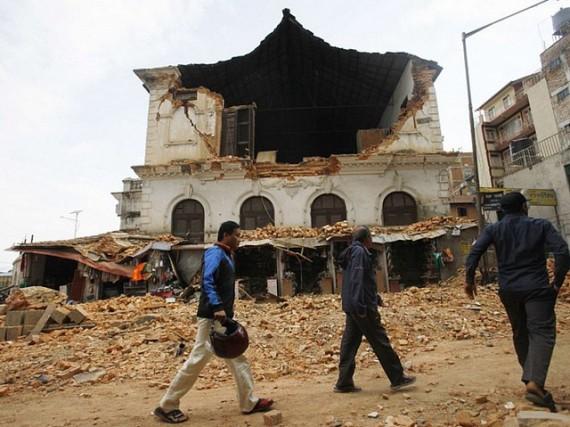 Le Népal frappé en plein coeur