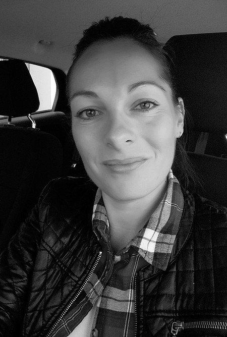 Elodie Soubeyroux Air Transat mai 2015 N&B