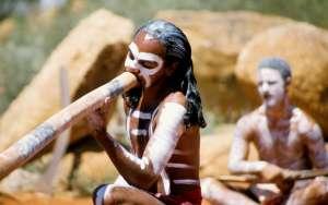aborigene-didgeridoo