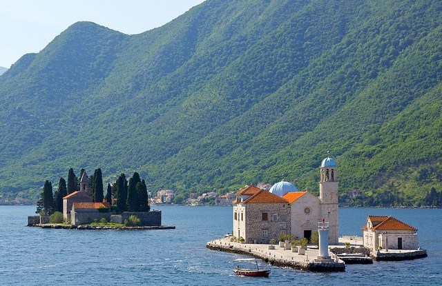 Montenegro-step travel-Bouches_de_Kotor