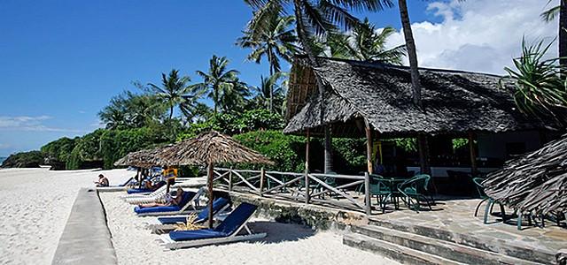 Leisure-Lodge-Beach-and-Golf-Resort