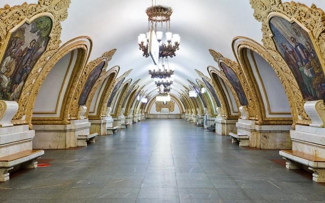 metro-moscou-national tours-salaun