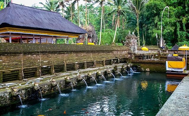 Indonesie-Bali-Tirta-Empul-transasiatique Asia