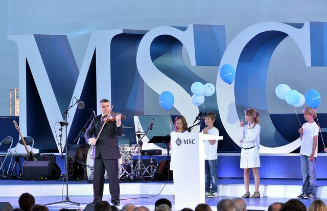 MSC-Divina-b