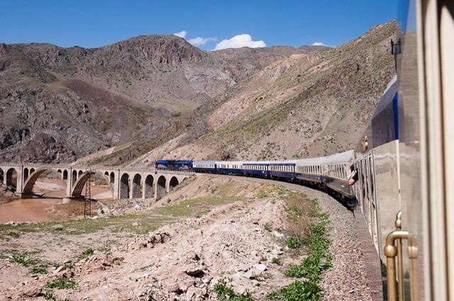 Persian Explorer-train-Amslav-Iran