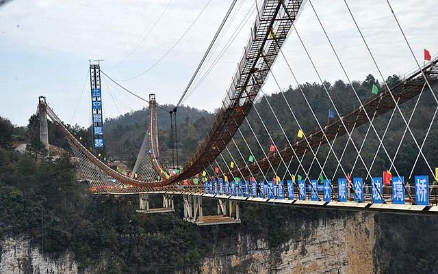 Zhangjiajie-pont en verre-2