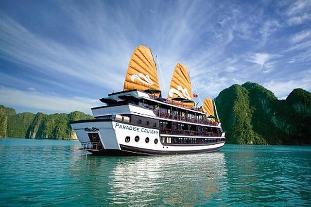 SuperStar Virgo -Star Cruises -croisiere-baie-along