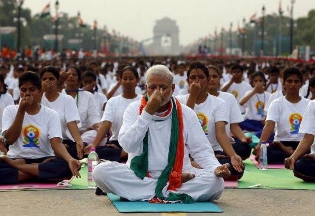 yoga-Narendra Modi