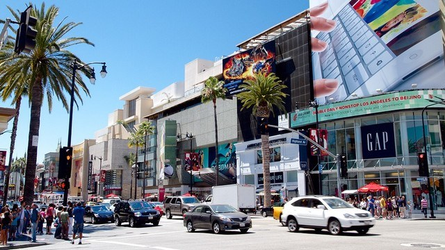 Lax-Hollywood-Boulevard