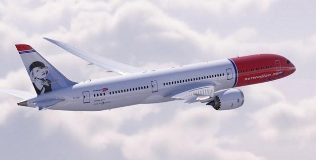 Norwegian Dreamliner in the air I