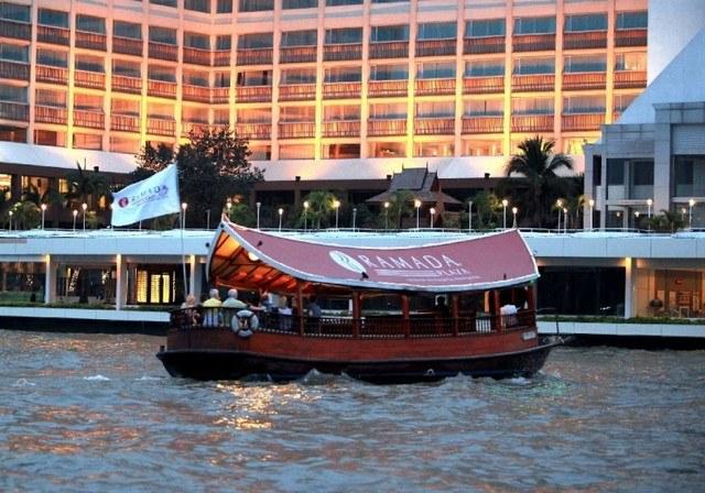 forces de vente selectour afat-bangkok-ramada-plaza-menam-riverside