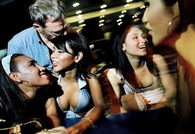 massage sexe en Thailande noir adolescent nu vidéos