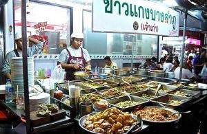 La Street food de Bangkok est-elle en grand danger ?