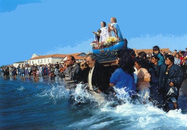 Aux saintes on y vient aussi en octobre - Office de tourisme ste marie de la mer ...