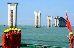 Le pont entre Hong Kong et Macao, objet de discorde ?