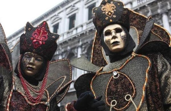 Les masques tombent … enfin !