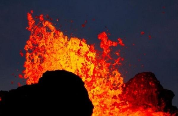 Du feu sous la roche avec la National Geographic