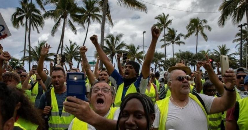 La Réunion retrouve son calme mais pas encore ses touristes