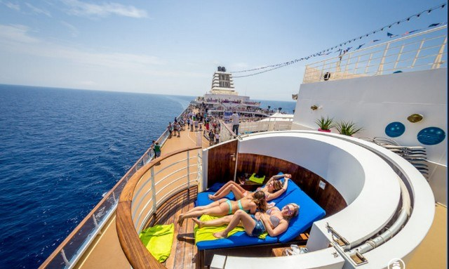 The Norwegian Pearl Soon To Become The Largest Floating Night Club On The Planet Laquotidienne Fr